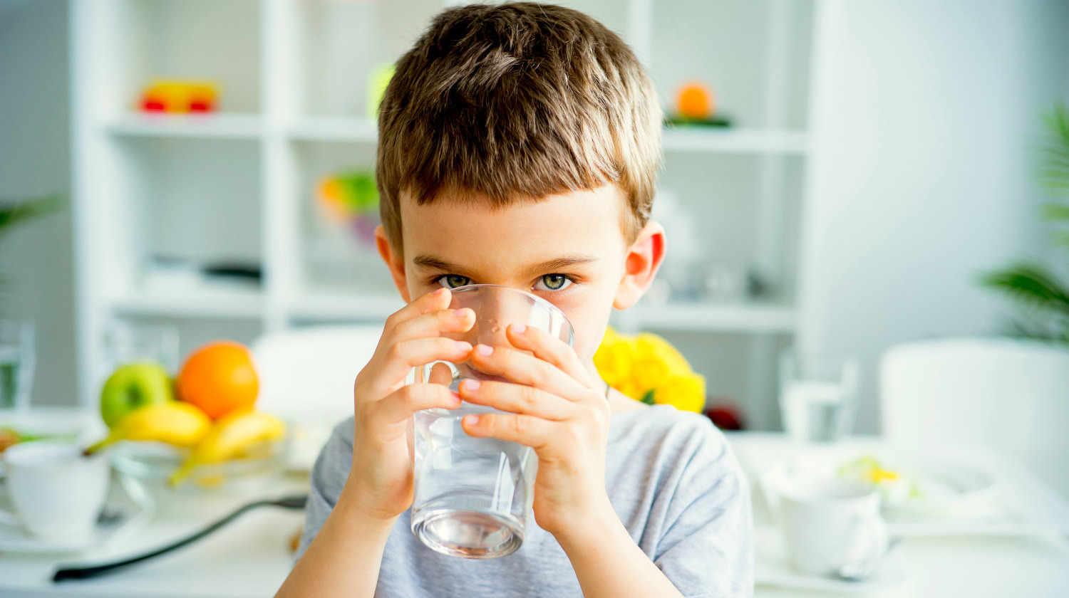Child Drinks Water | Feature | What Is Alkaline Water? | What You Need To Know