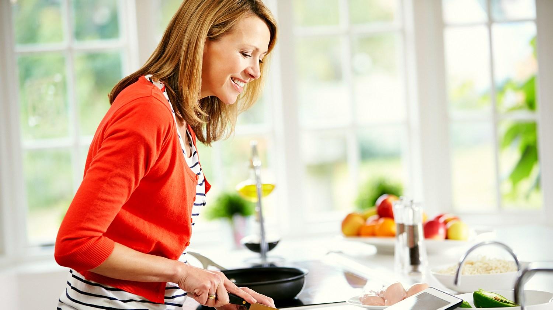 Feature   Woman preparing a dish   Kitchen Hacks Using Alkaline Water