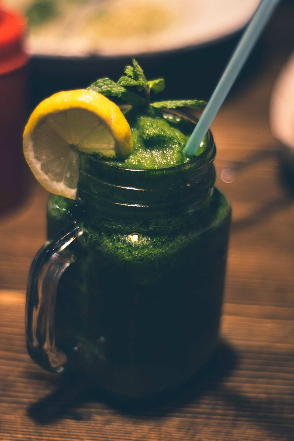 Green juice in mason jar | Healthy Juice Recipes You Should Try
